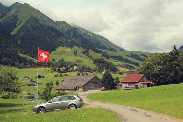 Come comprare una casa in svizzera soldioggi for Permesso di soggiorno svizzera